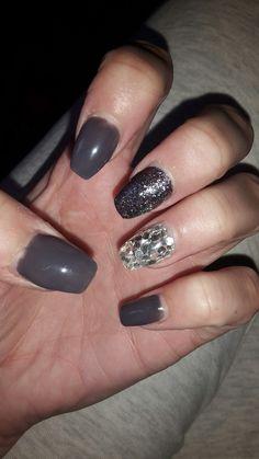 Dark nails - Winter.  Nails