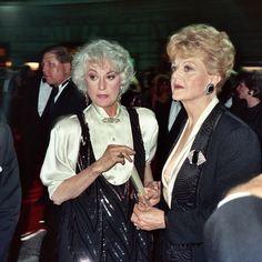 "MSW/Angela Appreciation Page on Instagram: ""Bea Arthur and Angela seen at the 41st Primetime Emmy Awards (1989). #AngelaLansbury #BeaArthur #TheGoldenGirls #PrimeTimeEmmyAwards #80s #80smovies #eightiesstyle #theeighties #80sforever #ilovethe80s #80sclassic #80skid #80schild #80snostalgia #80sflashback #80sparty #80shair #80svintage #80sstyle #classictv #retrotv Vintage Music, Vintage Movies, Eighties Style, Bea Arthur, Bionic Woman, Angela Lansbury, Olivia De Havilland, Fleet Street, British American"