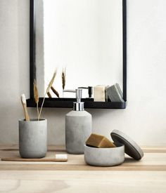 H&Ms Natural Touch Collection Is a Minimalist Lovers Dream via Brit + Co - QualQuest************