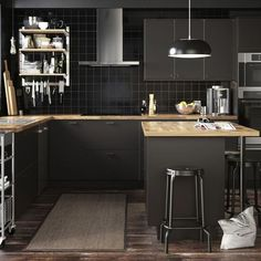 Heavenly Kitchen cabinets layout tool online,Kitchen layout u shape and Small kitchen remodel ideas 2018 tips. Kitchen Remodel, Kitchen Design, Kitchen Design Trends, Kitchen Decor, Traditional Kitchen, Small Kitchen, New Kitchen, Kitchen Trends, Kitchen Layout