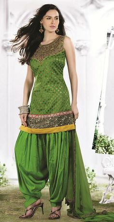 Green Sequins Work Georgette Panjabi Salwar Kameez 23054