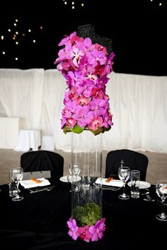 I know it's a centrepiece - but I would so do this as a dress!