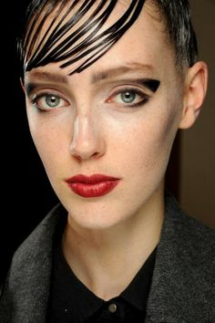 Couture Looks - Trends - Beauty - VOGUE Nederland