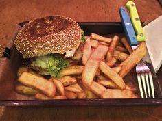 Boby Burger w PKP Powiśle