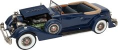 LIMITED EDITION SCALE MODEL 1934 PACKARD 'DIETRICH' BY RETRO 1-2-3.