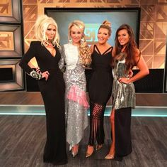 It's a Wrap! Lots of love to each of these woman on ET Canada's Fashion Panel for The MET Gala.LIVE at pm on Global! Nobody holds back but that's what makes it so good!Thank you Jesse Barkley and the beautiful Cheryl Hickey 💙 . Global Tv, Prom Dresses, Formal Dresses, Cheryl, Woman, Live, How To Make, Beautiful, Fashion