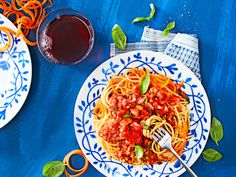 Linssibolognese | Pasta | Yhteishyvä Spaghetti, Pasta, Ethnic Recipes, Food, Hoods, Meals, Noodles, Noodle, Ranch Pasta
