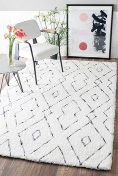 AmazonSmile: Handmade Plush Geometric Trellis Shag Area Rug: Kitchen & Dining