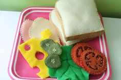 17 Treats for Little Foodies- Wow, I need to work on my crafting skills. Some of these are so cute!
