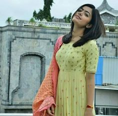 Beautiful Girl Indian, Beautiful Girl Image, Dress Indian Style, Indian Wear, Kajal Agarwal Saree, Indian Fashion, Womens Fashion, 13 Reasons, Actor Photo