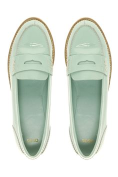 Like a scoop of mint ice cream for our feetsies. Yum. $68.04
