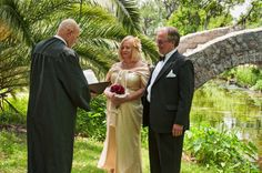 City Park Elopement With Chaplain Jerry Schwehm Of Fig Street Weddings And The American Association