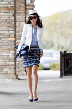 A simple white blazer, paired up with blue jeweled collar shirt and blue floral skirt, I'm ready for work!