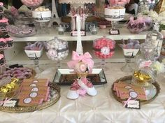 Sweets table center front