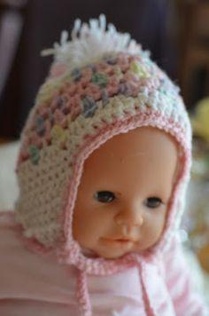 Ravelry: Newsboy Hat with Zipper Flower Crochet Pattern
