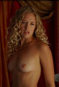 Nude nicole ari parker