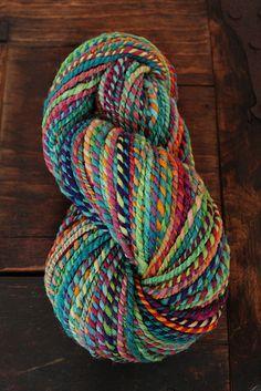 :: she dreams in colour :: Oh, yarn! Oh, yarn! Yarn Thread, Yarn Stash, Knitting Stitches, Knitting Yarn, Spinning Wool, Hand Spinning, Yarn Inspiration, Yarn Bombing, Yarn Bowl