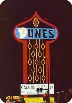 Dunes Hotel, Las Vegas, 1977 Worked there Casino De Paris Show Las Vegas City, Las Vegas Strip, Las Vegas Nevada, Old Neon Signs, Vintage Neon Signs, Hotel Secrets, Las Vegas Photos, Casino Hotel, Traveling By Yourself