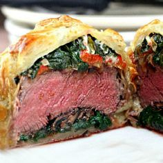 Individual Beef Wellingtons with Mushroom, Spinach & Blue Cheese Filling. I would make with out the blue cheese. Bife Wellington Individual, I Love Food, Good Food, Yummy Food, Great Recipes, Dinner Recipes, Favorite Recipes, Beef Recipes, Cooking Recipes