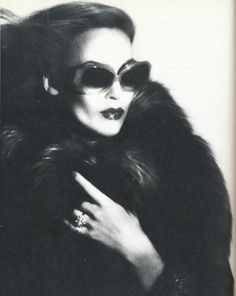 jerry hall - one glamour to rule them all.