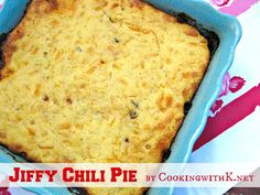 Jiffy Chili Pie {Simply amazing how easy it is to make!}
