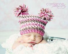 Double Pom Pom Hat Crochet PATTERN...ALL sizes por RAKJpatterns