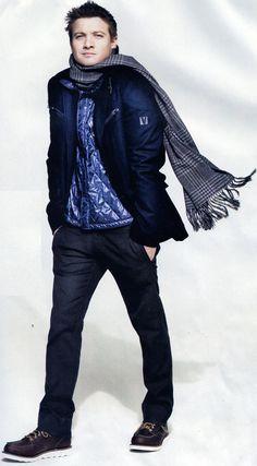 Jeremy Renner - London Travelling