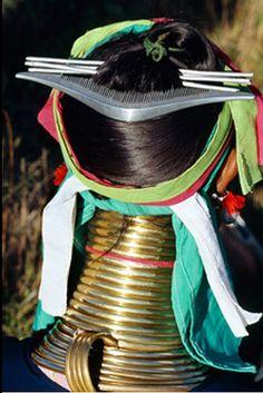Myanmar, Burma | Details of the adornment worn by a Padaung woman. | ©Dos & Bertie Winkel