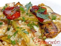 Salata de dovlecei cu usturoi | Papamond Romanian Food, 30 Minute Meals, Atkins, Soul Food, Vegetable Pizza, Salad Recipes, Food To Make, Zucchini, Healthy Eating