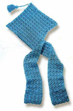 Dos en uno...Una idea superparctica para el frio, una bufanda con bolsillos y capucha que resulta una prenda novedosa y completa.       MAT... Hand Crochet, Knit Crochet, Crochet Hats, Crochet Scarves, Crochet Projects, Crochet Patterns, Knitting, Handmade, Crafts