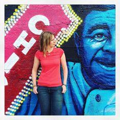Fun with murals in Chi-town.  Neighborhood:  #mckinleypark  Park: #hoynepark