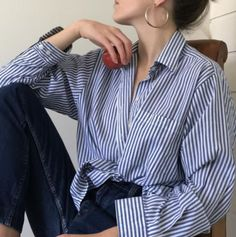 spring outfits korean k fashion ulzzang 얼짱 work formal clothes street occasion aesthetic soft minimalistic kawaii cute g e o r g i a n a : c l o t h e s Look Fashion, Korean Fashion, Fashion Outfits, Womens Fashion, Jeans Fashion, Curvy Fashion, African Fashion, Girl Fashion, Fashion Tips