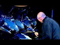 Phil Collins,Chester Thompson,Luis Conté, Solo batterie live à Bercy.