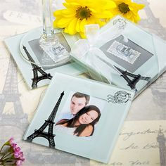 If you're going for a Paris themed wedding, this is one of the cutest favors I've seen so far!