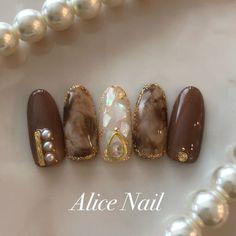 Japanese Nail Design, Japanese Nail Art, Stiletto Nail Art, Glitter Nail Art, Stylish Nails, Trendy Nails, Japan Nail, Rainbow Nail Art, Romantic Nails