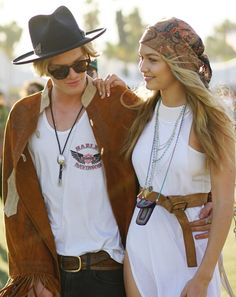 Cody Simpson's Western-inspired outfit looked just right with Gigi Hadid's boho-cool look: a white breezy dress, a neutral belt, turquoise beads, and a complementing head scarf at Coachella.