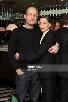 Max Wigram and Phoebe Philo attend Vogue's dinner hosted by Alexandra Shulman and Nick Jones at Cecconi's on February 2009 in London. Get premium, high resolution news photos at Getty Images Wsj Magazine, Phoebe Philo, Mango, French Fashion, Girl Crushes, Celine, Vogue, Style Inspiration, Couples