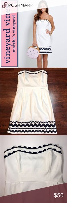 Vineyard Vines Ric Rac Sweetheart Dress ✔️Ric Rac Ribbon Trim ✔️White and Navy ✔️Sweetheart Neckline ✔️98% Cotton/2% Spandex ✔️Boning in Bodice ✔️No Straps ✔️No Holes, Stains or Damages Vineyard Vines Dresses