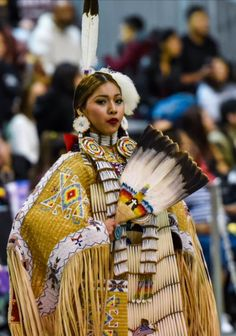 PowWow Dancer, just beautiful American Indian Girl, Native American Girls, Native American Clothing, Native American Regalia, Native American Beauty, Native American Photos, Native American Beadwork, Native American History, American Indians