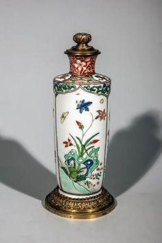 """Vase en porcelaine de la famille verte à monture bronze doré. Chine. Dynastie Qing.[...], mis en vente lors de la vente """"Arts d'Asie"""" à SAS COPAGES AUCTION   Auction.fr"""