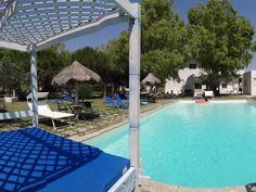 Beoordeeld met een 8,3! Dit kleinschalige vakantieadresje in Puglia ligt vlakbij de Ionische kust en haar prachtige zandstranden en heeft een eigen beachclub aan het strand.