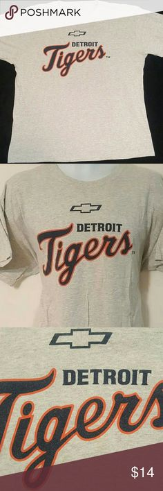FOTL - Detroit Tigers Chevrolet 12 - Men's XL Top Fruit of the Loom  Heavy Cotton   Detroit Tigers  Chevrolet 12  Classic Graphic T-shirt   Pre-owned - Used  Medium Wear   Gray  Men's Size XL  Cotton  Made in Honduras    Fast Shipping   Love The Item but,   Not The Price?   Make An Offer!     Like The Item but,   Not Quite Right?   Browse Our Store!   Daily Deals & Weekend Auctions   stores.ebay.com/atouchoflace     Fast & Free Shipping!    A Touch of Lace Fruit of the Loom Shirts Tees…