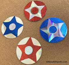 Add some shimmer and shine to your July holiday with these reverse image stars made from recycled CD's and hologram paper July 4th Holiday, 4th Of July, Crafts With Cds, Fourth Of July Crafts For Kids, Recycled Cds, Shimmer N Shine, Patriotic Decorations, Classroom Themes, Hologram