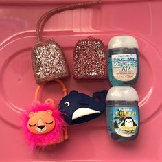 Bath and body works items The pink holder has a small tear The dark pink with jewels and whale both are missing the chain The lions feathers look a little worn out The price reflects all this Added 2 new pocketbacs es extra Bath N Body Works, Bath And Body, Cute Birthday Gift, Hand Sanitizer, Lions, Feathers, Whale, It Works, Aesthetics