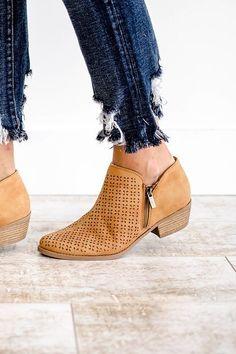 pretty nice 0a849 bd3d2 Shoe Boots Free Crochet Ideas Naisten Kengät, Kengät, Vaatteet, Naisellinen  Muoti