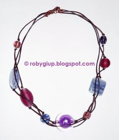 RobyGiup Handmade: Collana in cuoio e perle di vetro e acrilico viola - Necklace in leather with glass and acrilyc purple beads #purple #beads #necklace