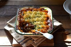 Pie_L Local favourites Meat Bibby's Shepherd's pie Lamb Recipes, Meat Recipes, Recipies, Dinner Recipes, Cooking Recipes, Leftover Roast Lamb, Venison, Beef, Brown Sauce