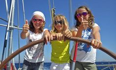 Is sailing good for children? The photo makes a clear statement!