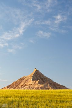 Pyramid in Bardenas Reales Navarra - by ebmfoto.com felicidades por la toma eduardo. Pamplona, Beautiful Sites, Beautiful Places, Natural Park, Basque Country, Spain And Portugal, Through The Looking Glass, What A Wonderful World, Spain Travel