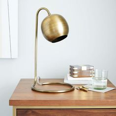 Great little desk lamp.